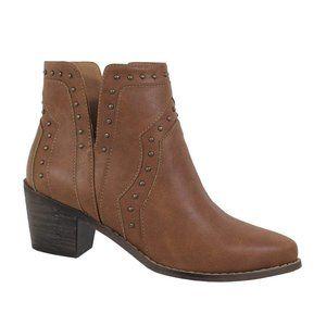 Side Slit Studded Ankle Boots {Yoki}